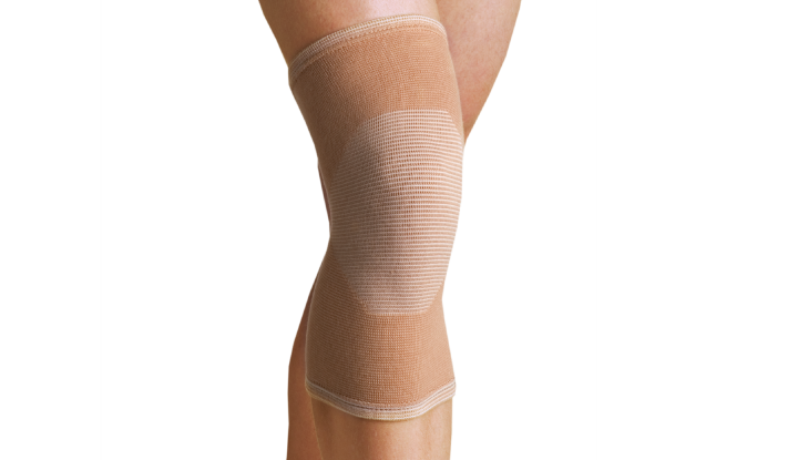 Thermoskin 4-Way Compression Knee Sleeve - 8*609
